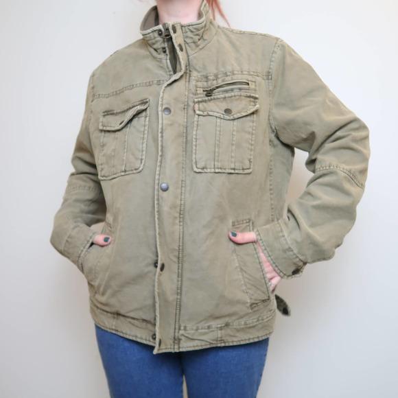 Levi's Men's khaki olive green military trucker jacket M